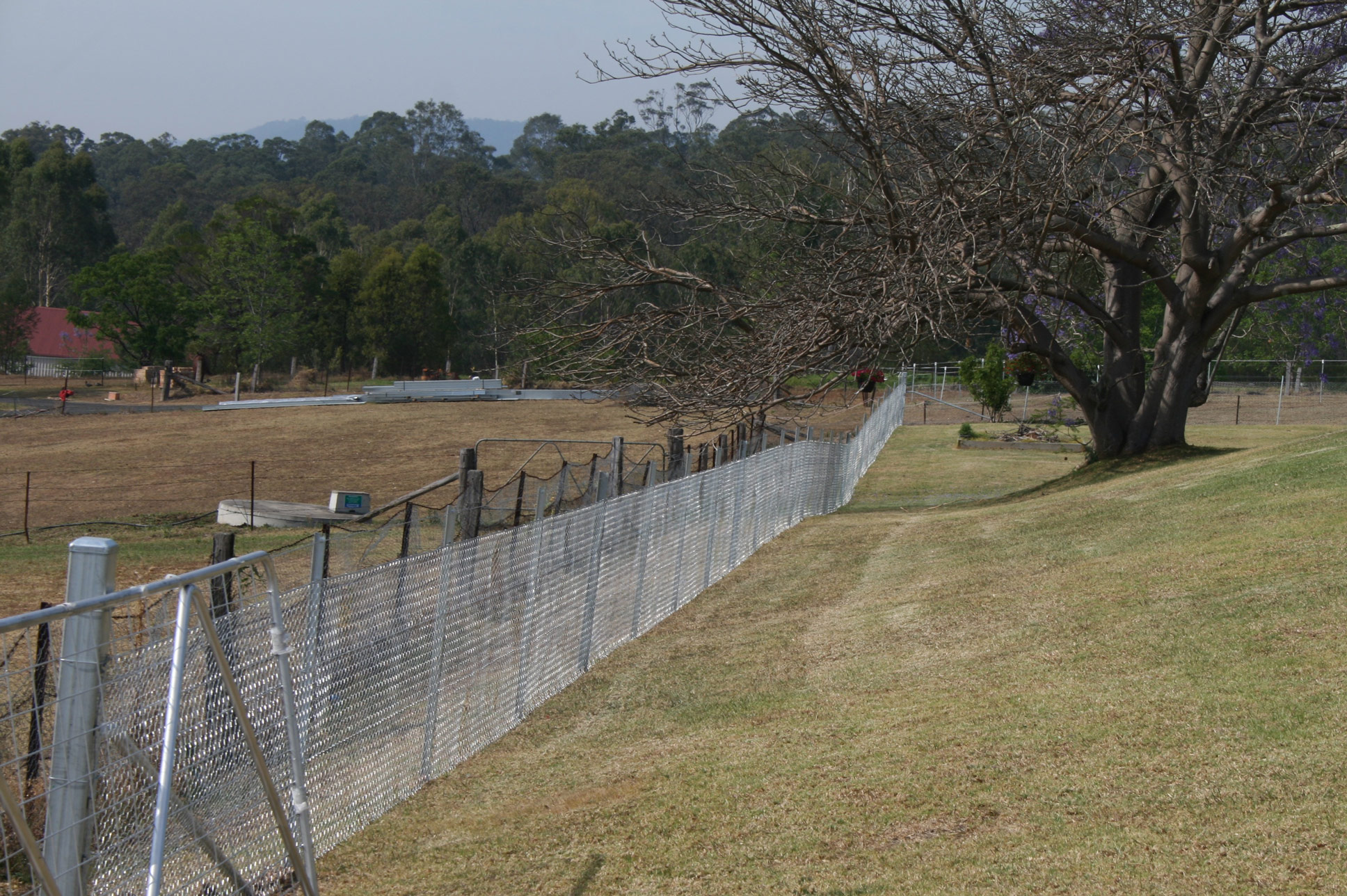 Star Post and Wire Fencing - StockWorx