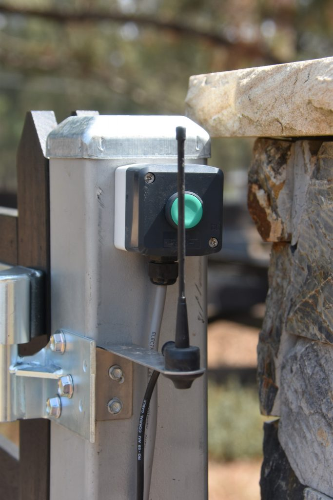 solar automated gates